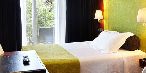 book your single room at the hotel saratoga in Palma de Mallorca