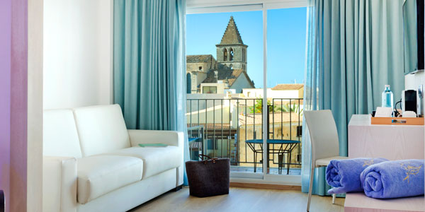 Book your Junior Suite at the Hotel Saratoga in Palma de Mallorca