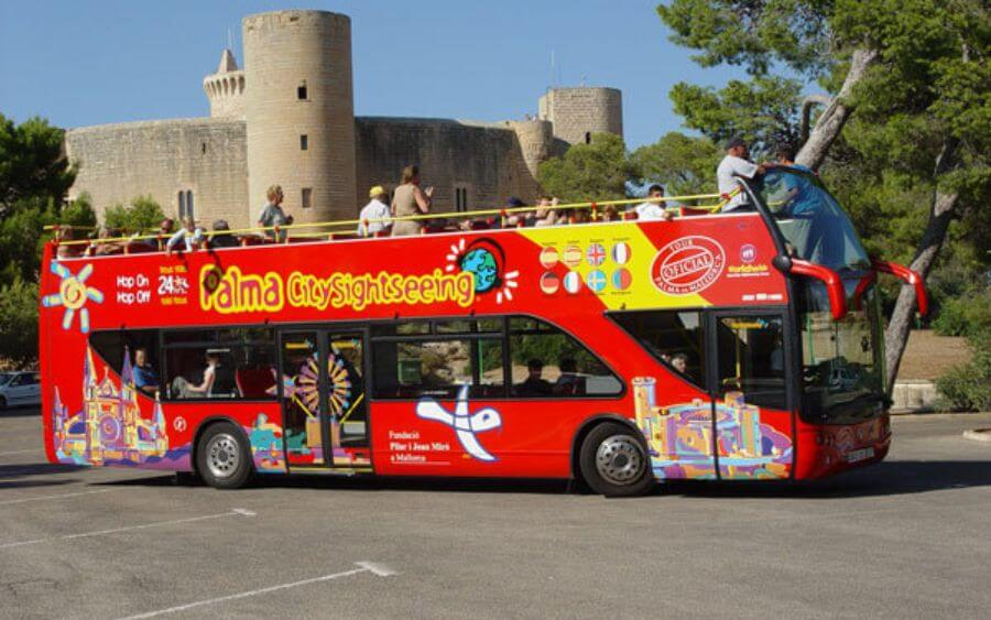 Tourist Bus Reservations in Palma with Hotel Saratoga