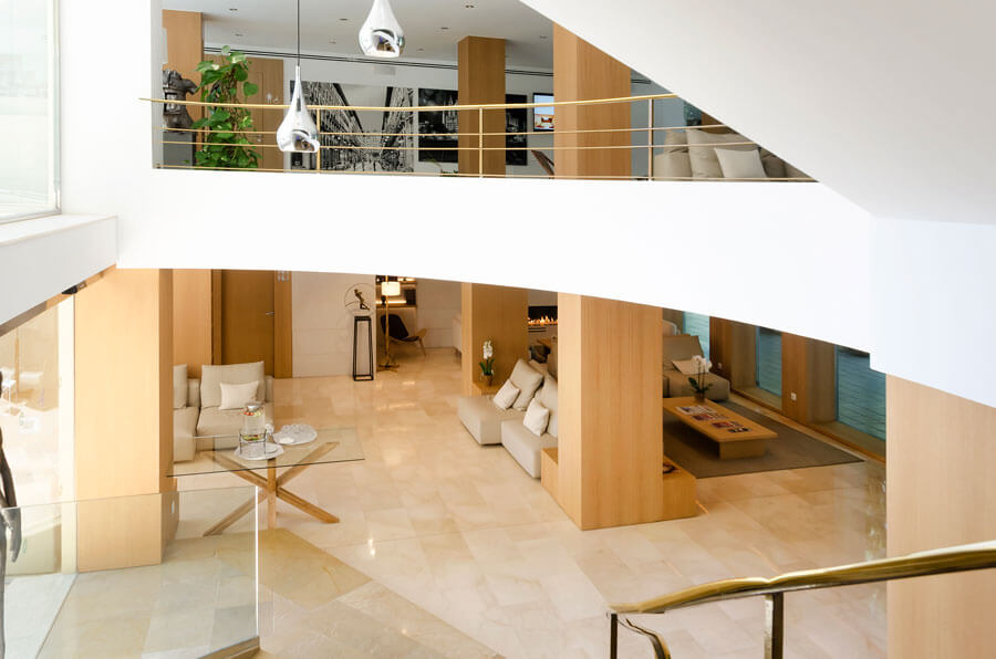 concierge for your needs in the hotel saratoga in Palma de Mallorca