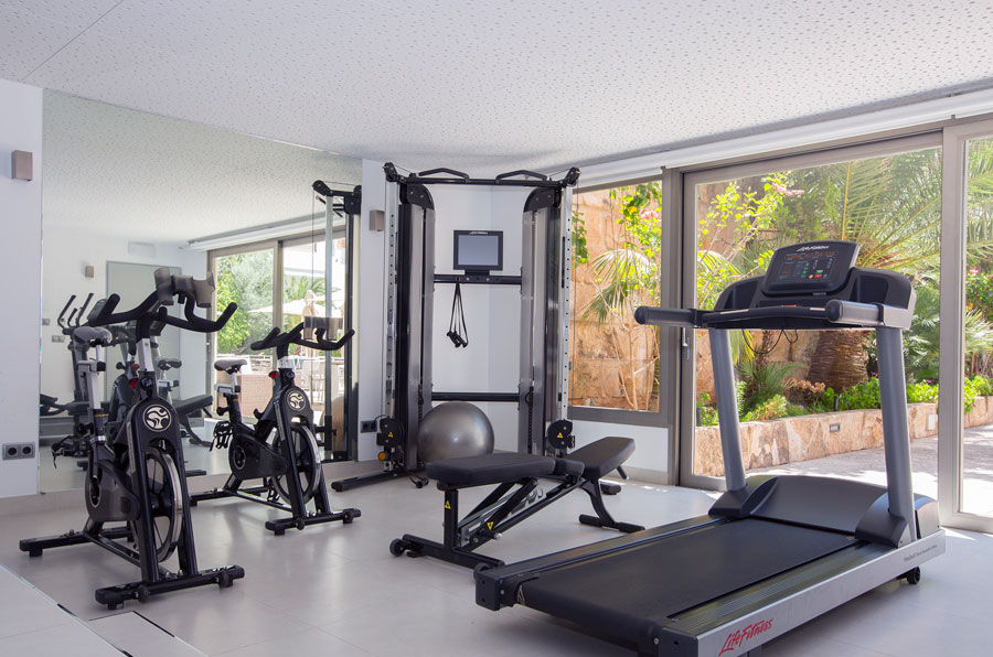 get fit in hotel saratoga's gym in Palma